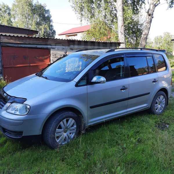 Volkswagen Touran, 2004 год, 270 000 руб.