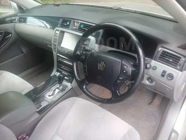 Toyota Crown, 2004 год, 280 000 руб.