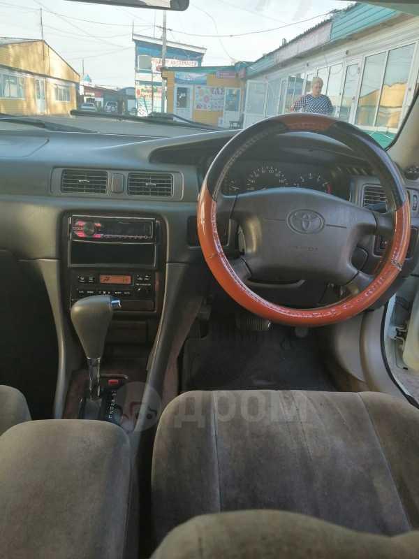 Toyota Camry, 1999 год, 180 000 руб.