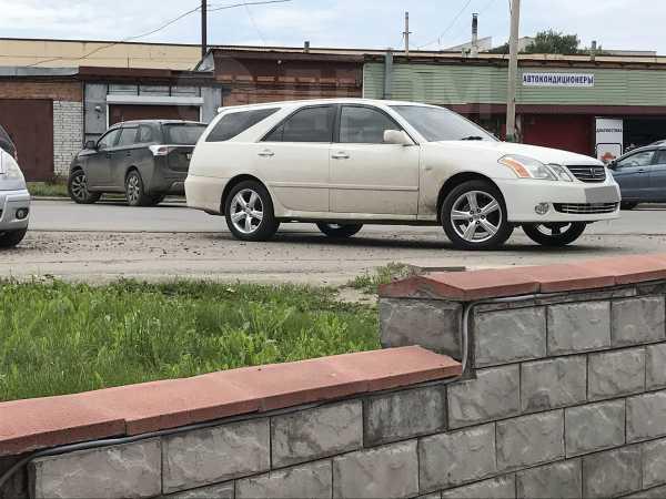 Toyota Mark II Wagon Blit, 2002 год, 350 000 руб.