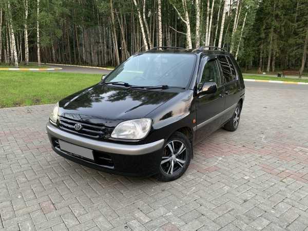 Toyota Raum, 1999 год, 230 000 руб.