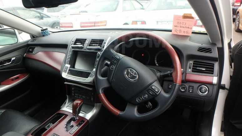 Toyota Crown Majesta, 2009 год, 545 000 руб.