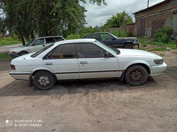 Nissan Bluebird, 1988 год, 50 000 руб.