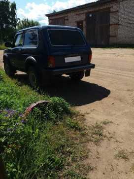 Белая Холуница 4x4 2121 Нива 2011