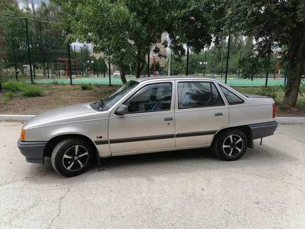 Opel Kadett, 1990 год, 79 000 руб.