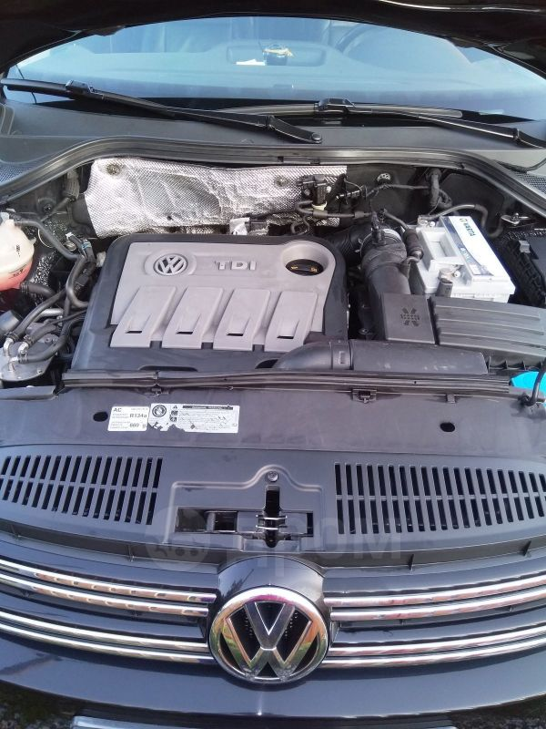 Volkswagen Tiguan, 2011 год, 785 000 руб.