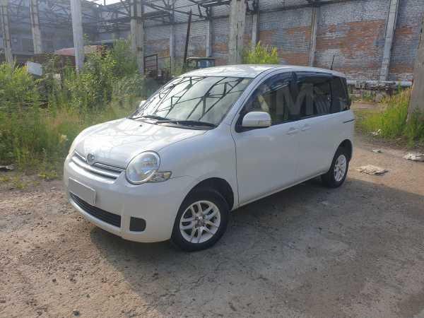 Toyota Sienta, 2006 год, 325 000 руб.