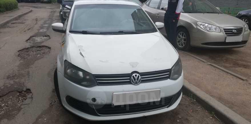 Volkswagen Polo, 2012 год, 240 000 руб.
