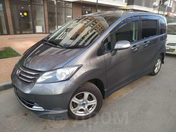 Honda Freed, 2010 год, 695 000 руб.