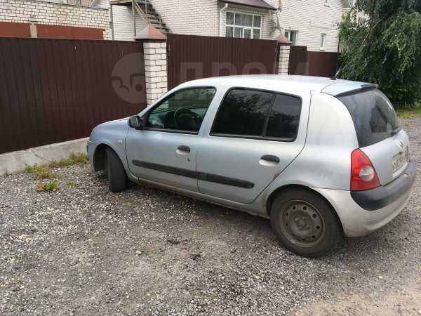 Renault Clio, 2004 год, 138 283 руб.
