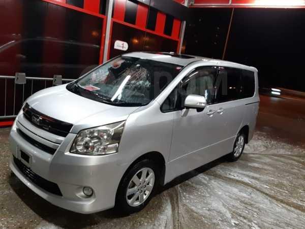 Toyota Noah, 2009 год, 350 000 руб.