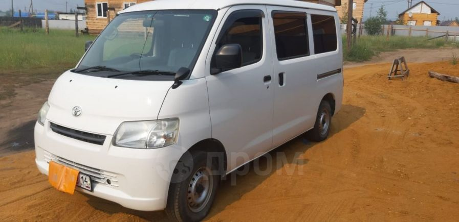 Toyota Town Ace, 2012 год, 535 000 руб.