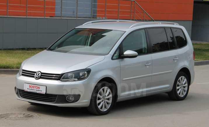 Volkswagen Touran, 2013 год, 890 000 руб.