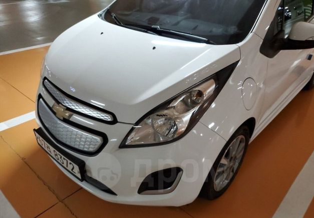 Chevrolet Spark, 2015 год, 800 000 руб.