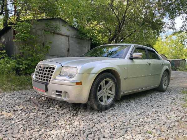 Chrysler 300C, 2007 год, 610 000 руб.