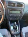 Volkswagen Jetta, 2011 год, 610 000 руб.
