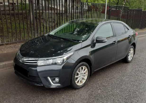 Toyota Corolla, 2015 год, 870 000 руб.