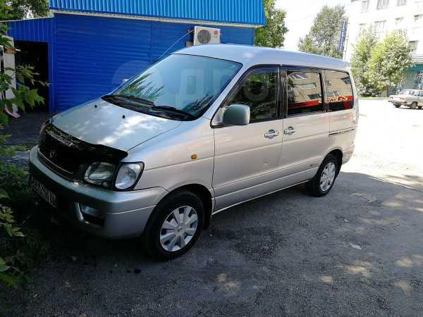 Toyota Lite Ace Noah, 2000 год, 520 000 руб.