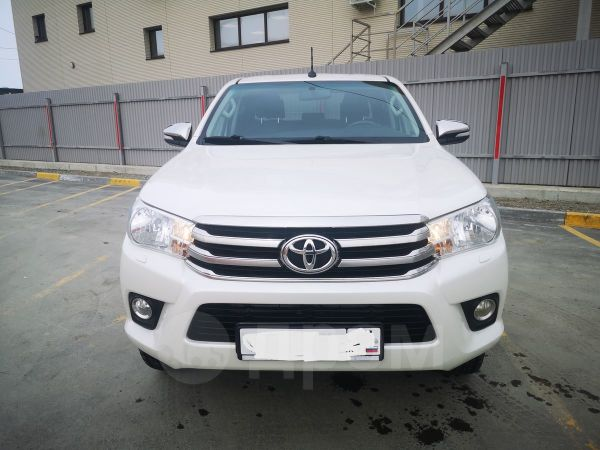 Toyota Hilux Pick Up, 2017 год, 1 550 000 руб.