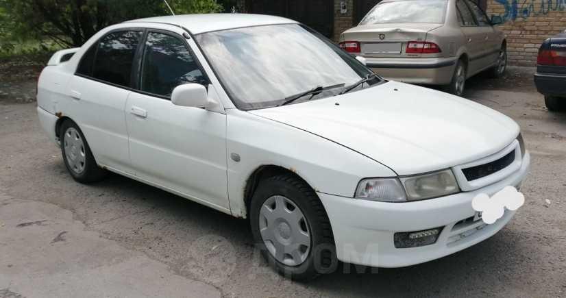 Mitsubishi Lancer, 2000 год, 99 009 руб.