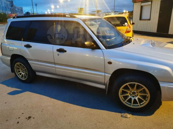 Subaru Forester, 1998 год, 390 000 руб.