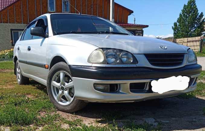 Toyota Avensis, 1998 год, 240 000 руб.