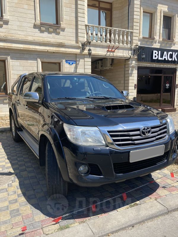 Toyota Hilux Pick Up, 2012 год, 1 350 000 руб.