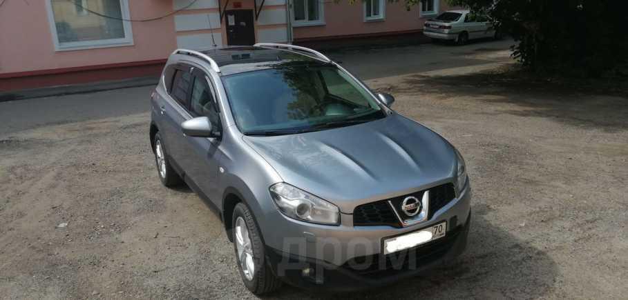 Nissan Qashqai+2, 2010 год, 735 000 руб.