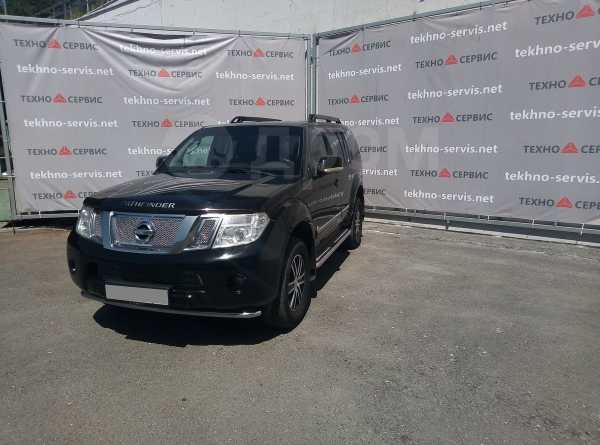 Nissan Pathfinder, 2010 год, 750 000 руб.