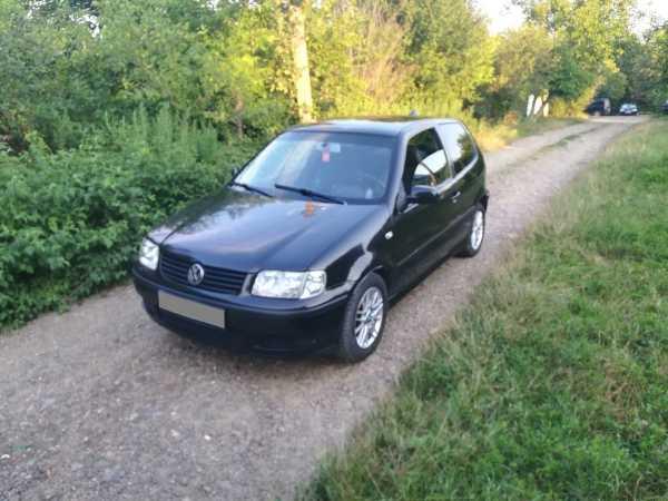 Volkswagen Polo, 2001 год, 135 000 руб.