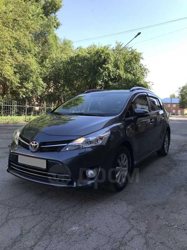 Toyota Verso, 2013 год, 890 000 руб.