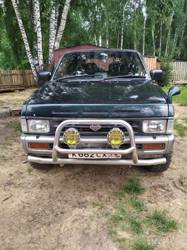 Nissan Terrano, 1993 год, 230 000 руб.