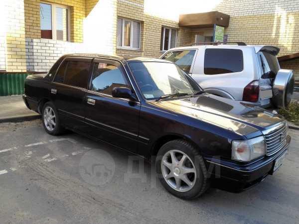 Toyota Crown, 2001 год, 320 000 руб.