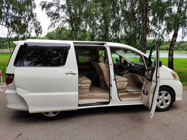 Toyota Alphard, 2004 год, 799 000 руб.