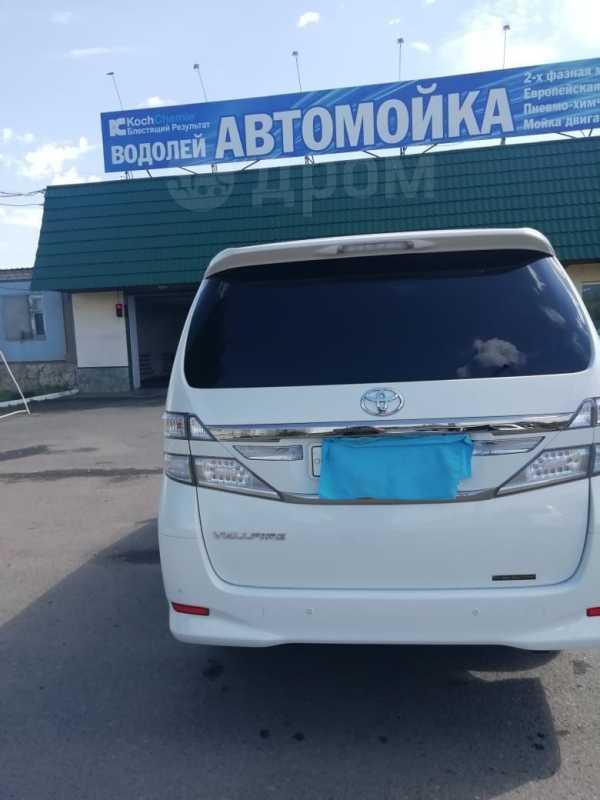 Toyota Vellfire, 2014 год, 2 100 000 руб.