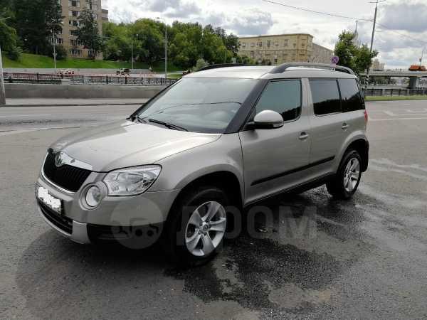 Skoda Yeti, 2011 год, 420 000 руб.