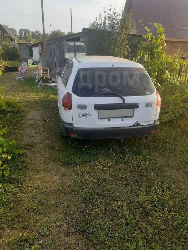 Nissan AD, 2002 год, 89 000 руб.