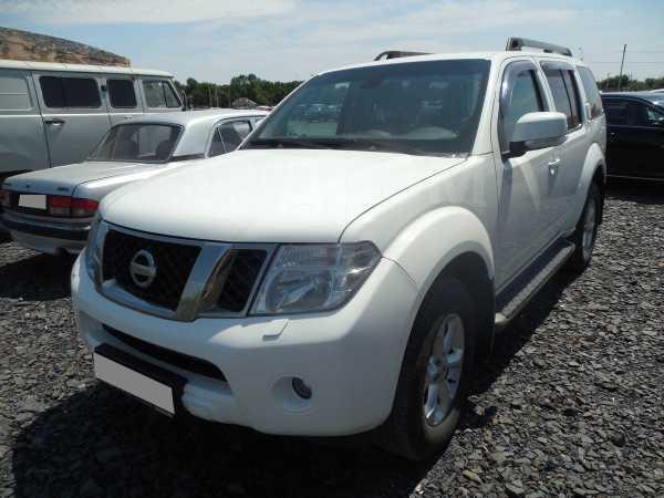 Nissan Pathfinder, 2011 год, 880 000 руб.