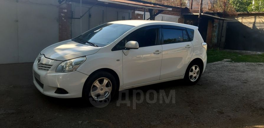 Toyota Verso, 2011 год, 470 000 руб.
