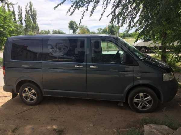 Volkswagen Transporter, 2006 год, 715 000 руб.