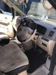Nissan Serena, 2002 год, 395 000 руб.