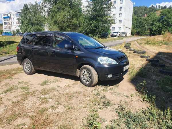 Toyota Ipsum, 2002 год, 590 000 руб.