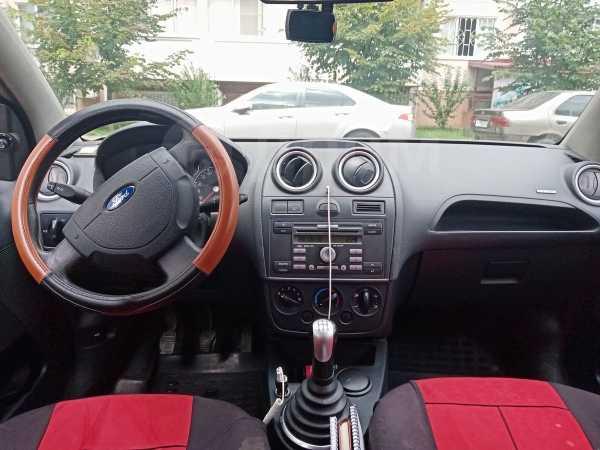 Ford Fiesta, 2007 год, 180 000 руб.