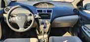 Toyota Yaris, 2006 год, 355 000 руб.