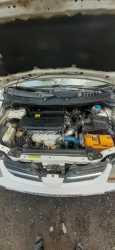 Nissan Tino, 2002 год, 190 000 руб.