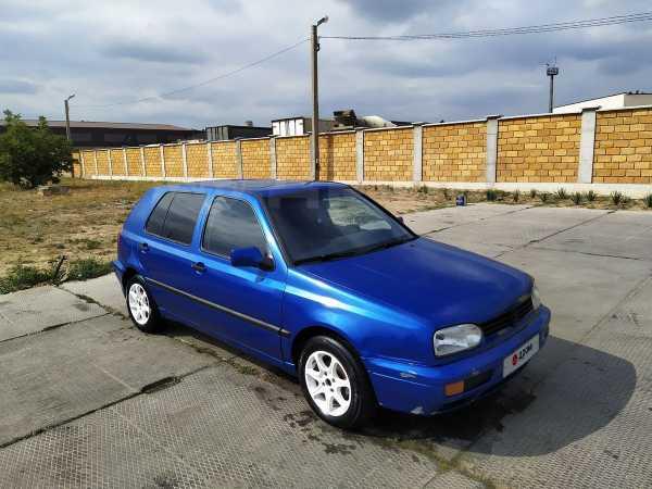 Volkswagen Golf, 1994 год, 140 000 руб.