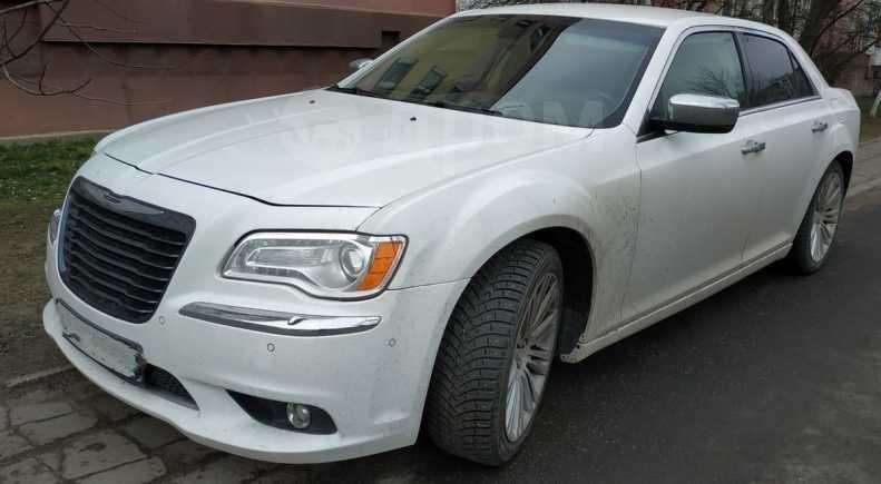 Chrysler 300C, 2012 год, 1 350 000 руб.