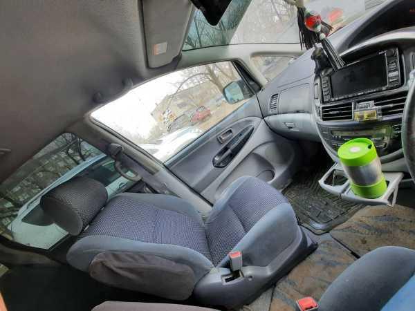 Toyota Estima, 2002 год, 350 000 руб.