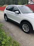Volkswagen Tiguan, 2017 год, 1 599 000 руб.