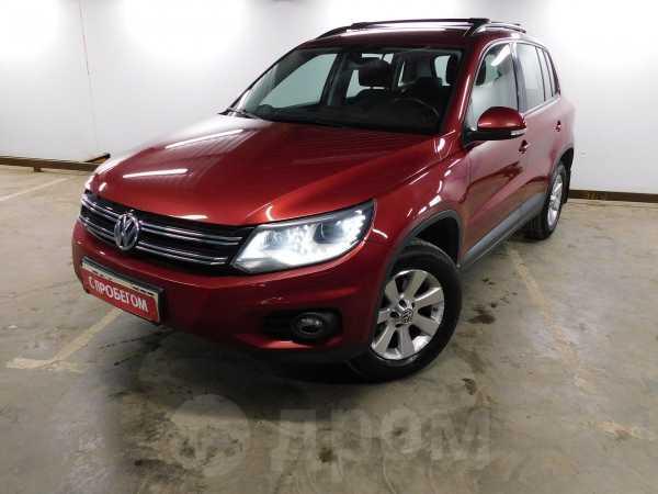 Volkswagen Tiguan, 2014 год, 980 000 руб.